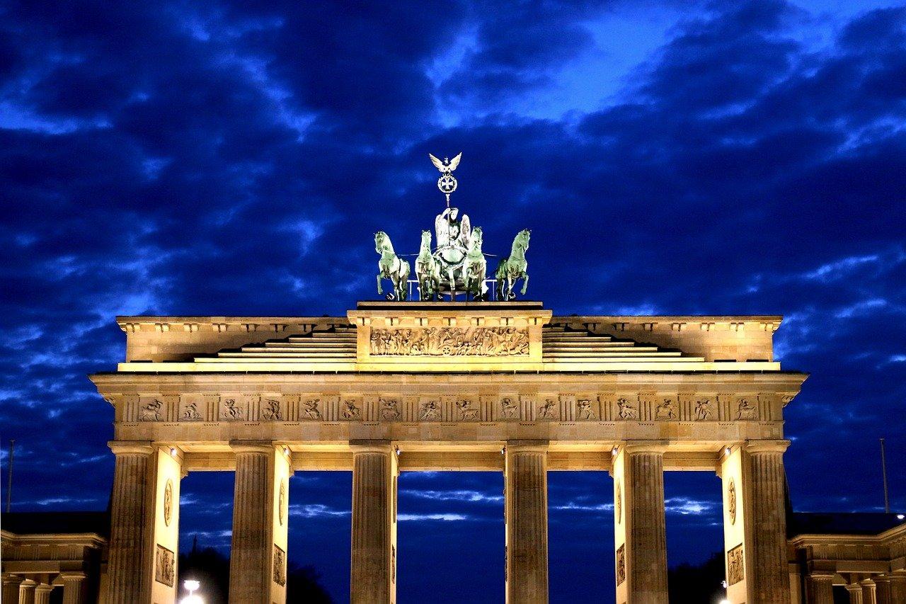 Brandenburg kapısı Berlin